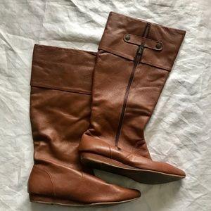 Steve Madden size 9.5 Saldana leather uppers boot